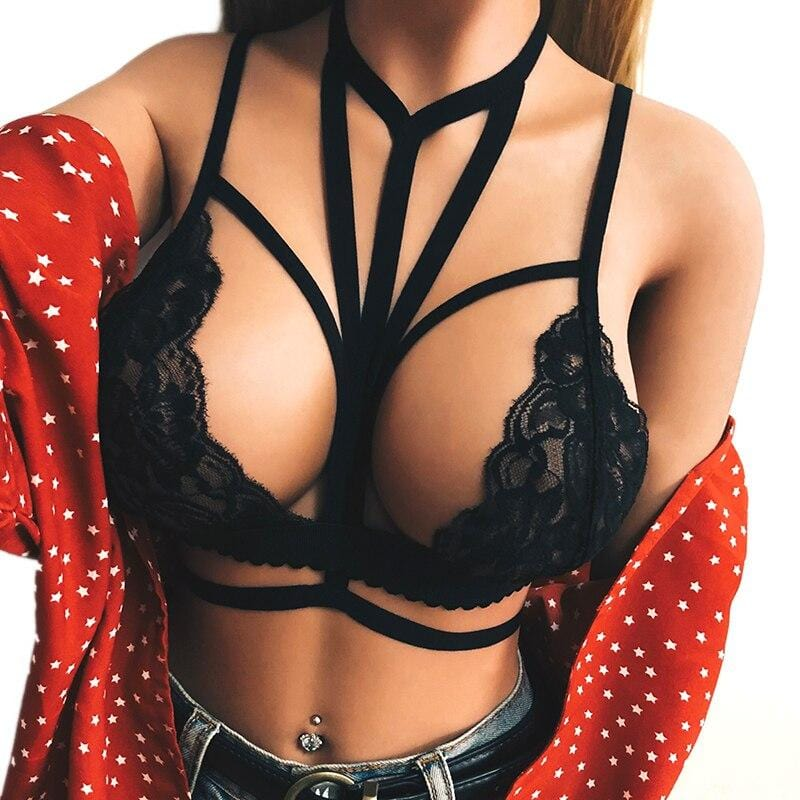 Plus Size Bustier Wire Free Bra model wearing