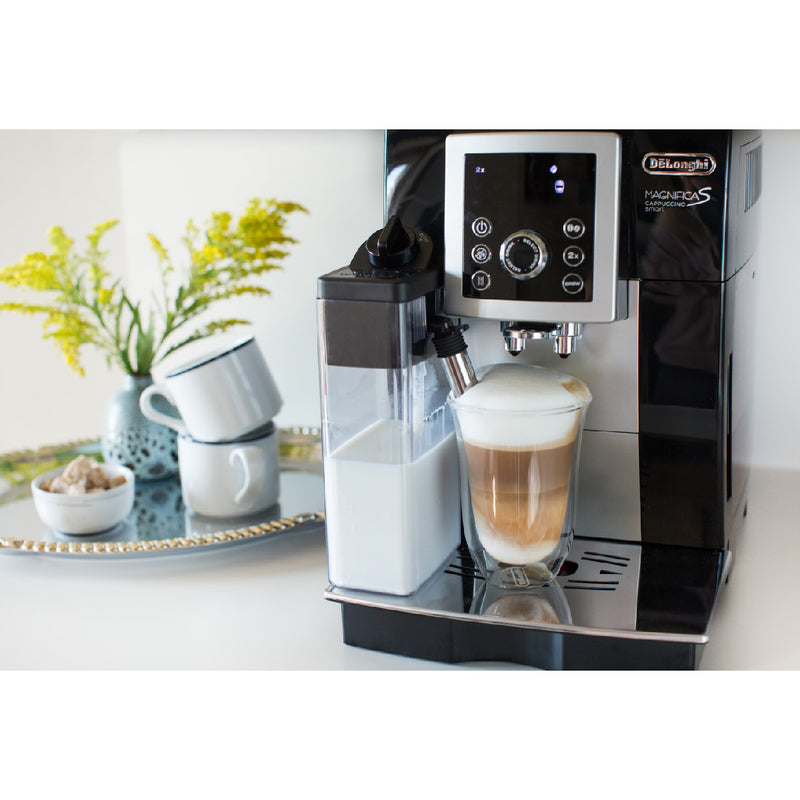 DeLonghi MAGNIFICA S Capuccino Smart Super Automatic with Lattecrema System (ECAM23260SB) Lifestyle