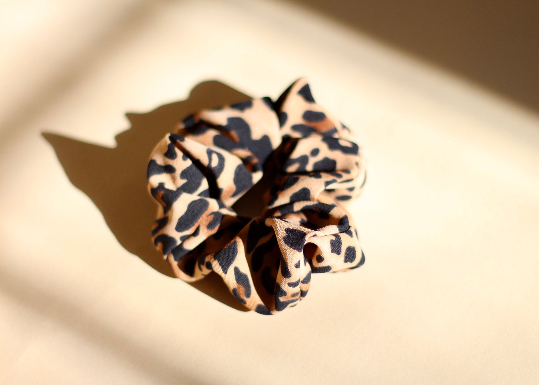 Leopard Scrunchie - Brown
