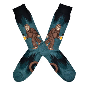 Men's Sasquatch Loves Beer Socks
