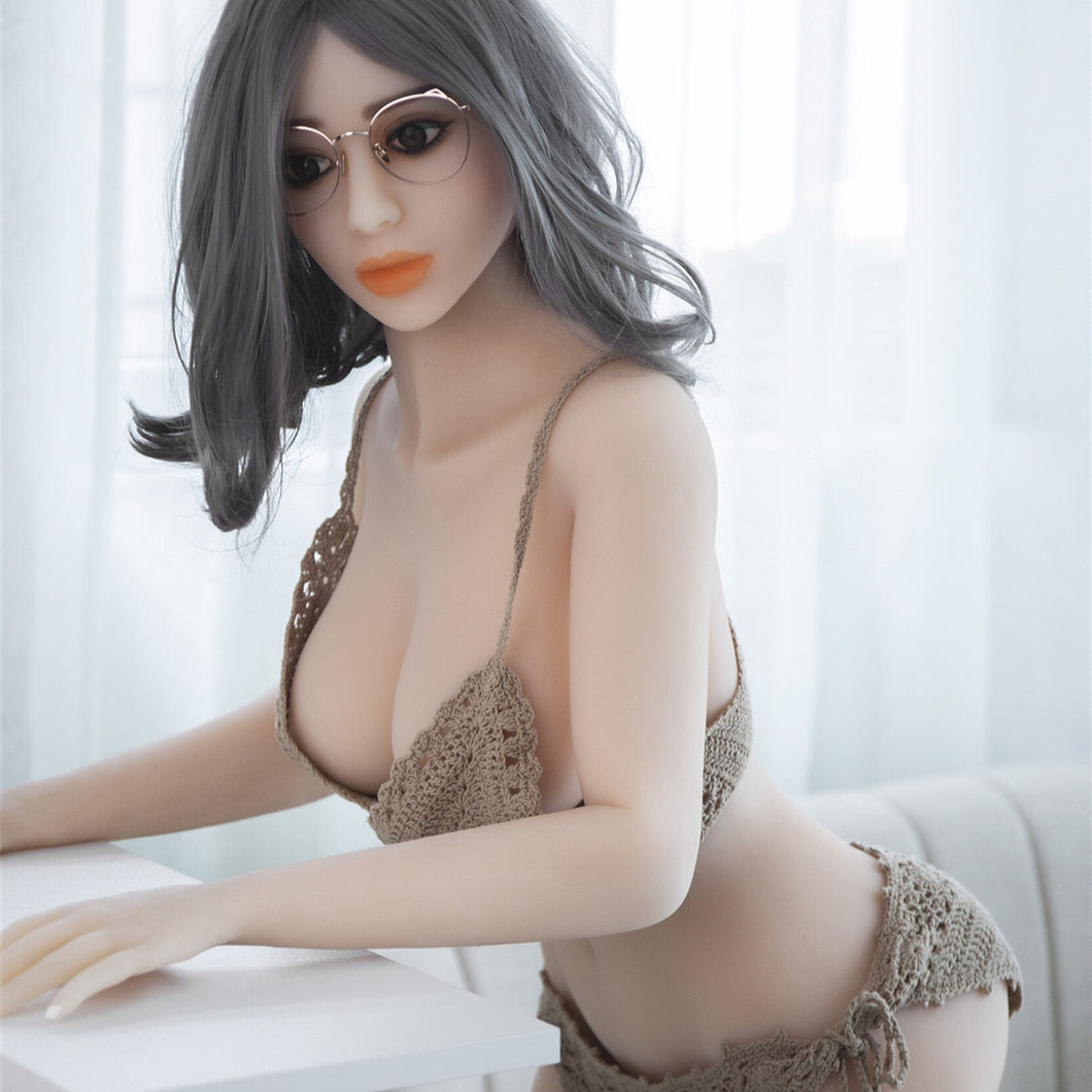 Poppy  158cm Big Breast Asian Girlfriend Sex Doll