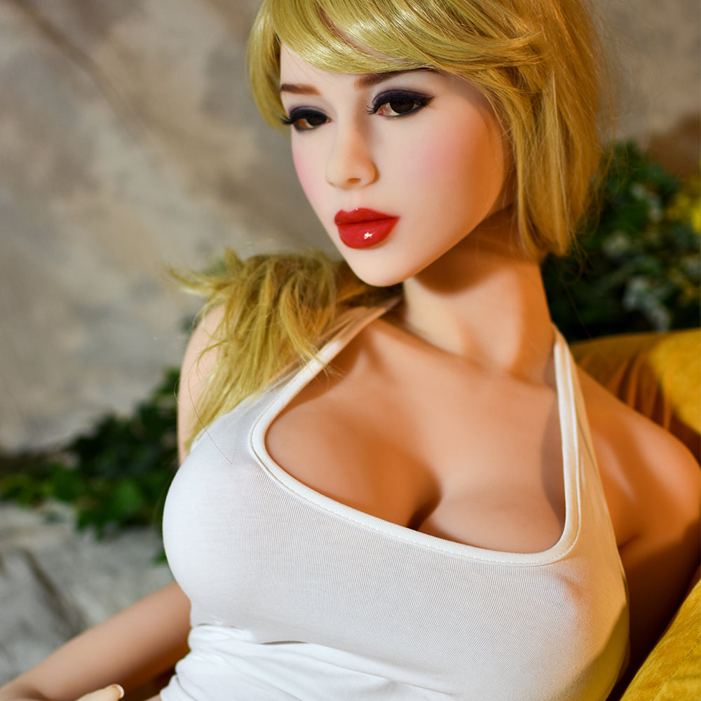Salome 140cm Red Lips Real Sexy Doll