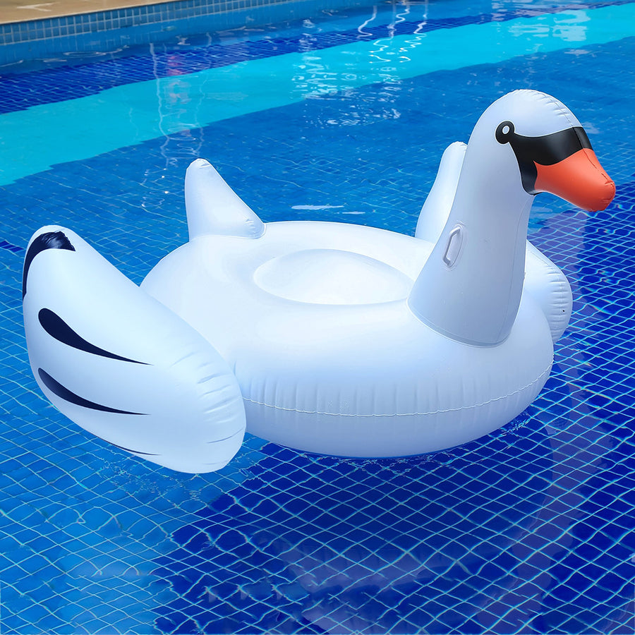 Floating Giant Swan Pool - MYTONSEE