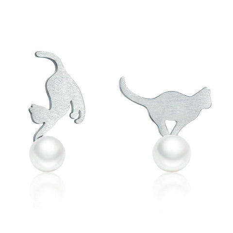 Cat Play Ball Earring - Fashion Cat Design