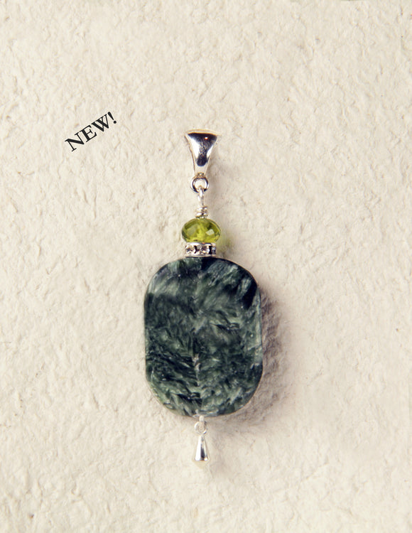 Seraphinite and Peridot Pendant for Heart Chakra