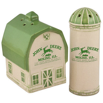 Barn/Silo Salt & Pepper Set