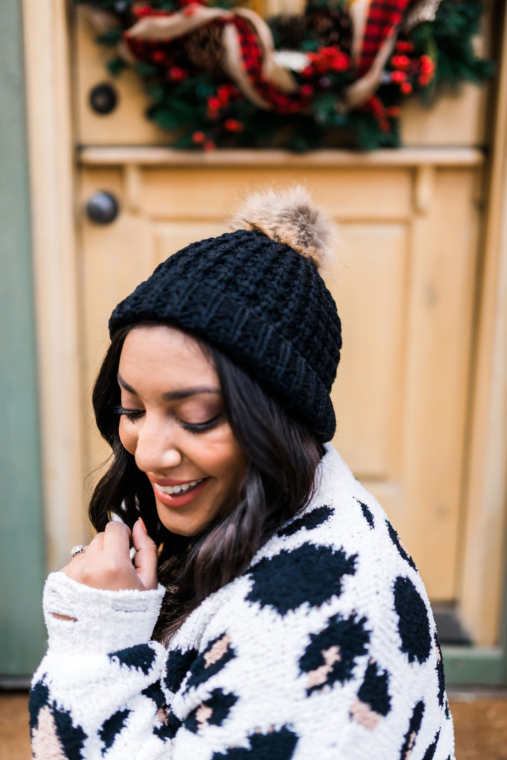 Cable Knit Beanie In Black