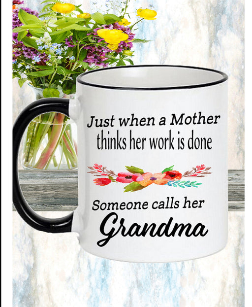 Pregnancy Reveal Mug Gift for New Grandmothers.