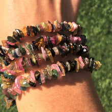 Load image into Gallery viewer, Tourmaline stone chip bracelet