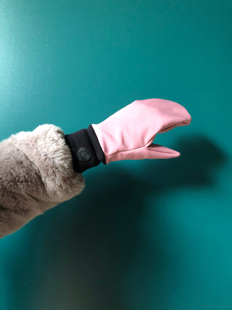 PROTECTIVE SOFTSHELL MITTENS