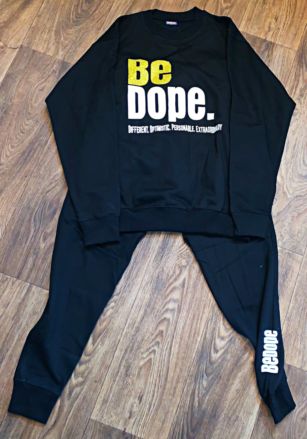 Be DOPE sweatsuit