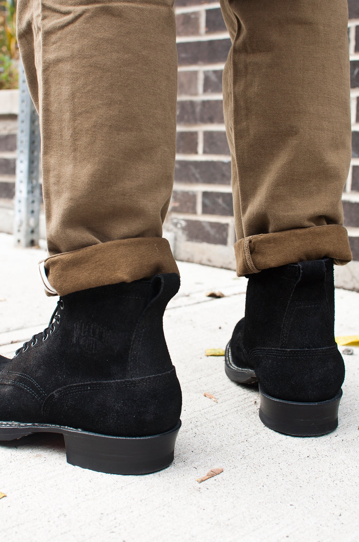 White's Smoke Jumper Oiled Black Roughout at shoplostfound 3