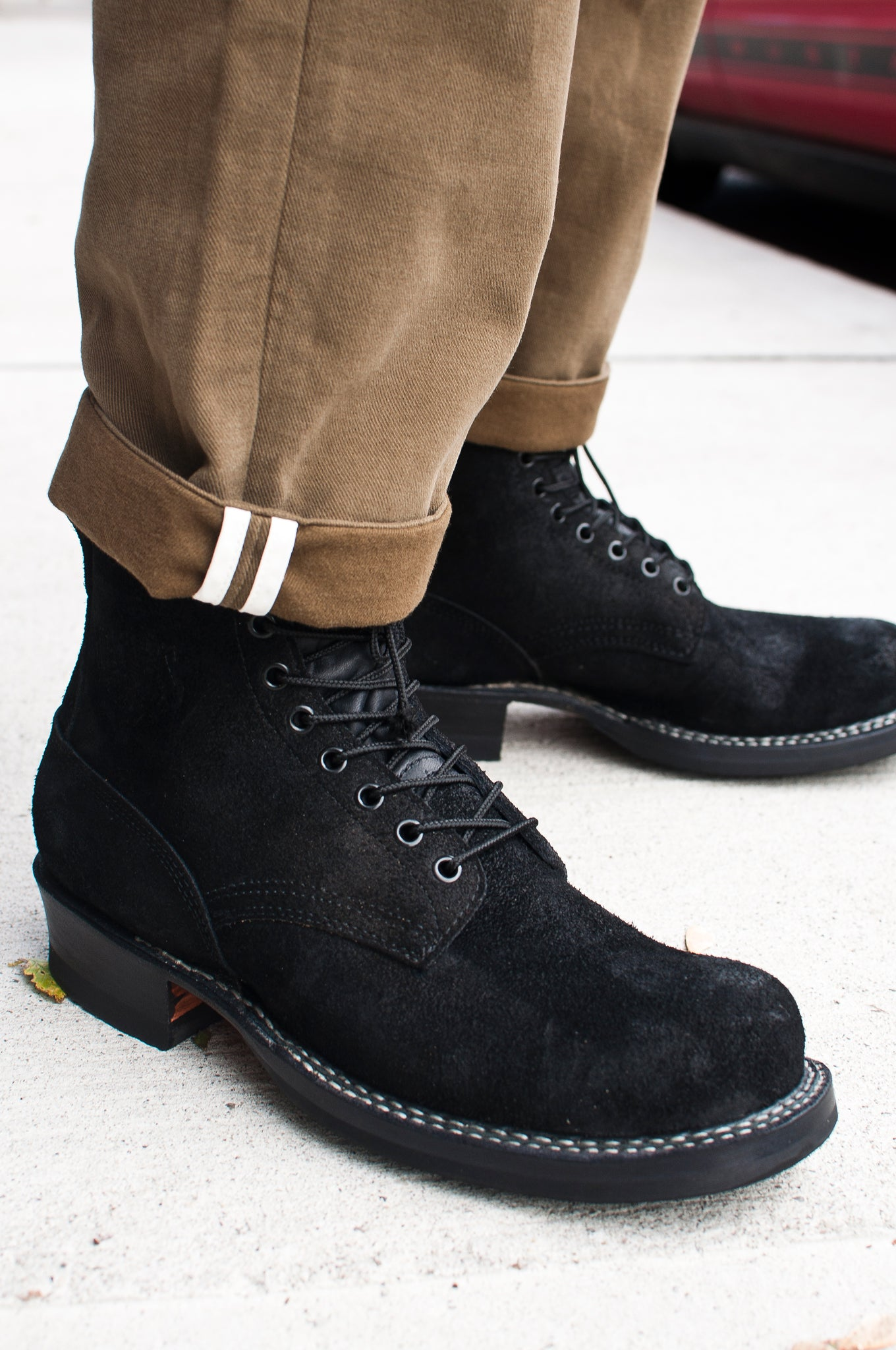 White's Smoke Jumper Oiled Black Roughout at shoplostfound 4