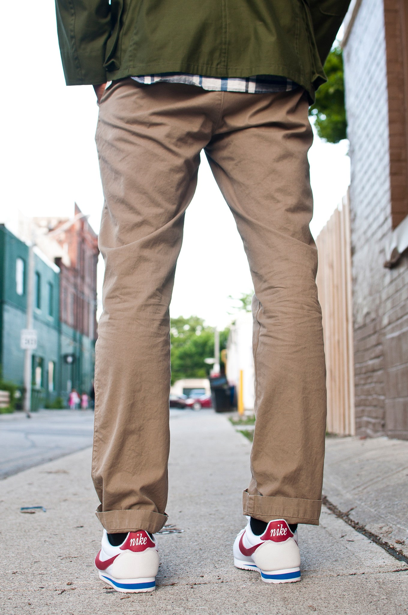 Save Khaki United Lightweight Twill Trouser at shoplostfound