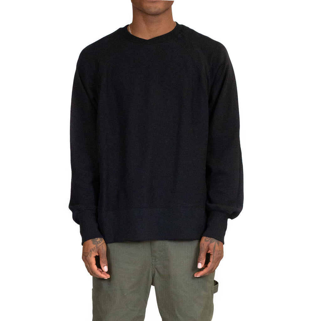 Engineered-Garments-Plain-Raglan-Crew-Black--Model-Front