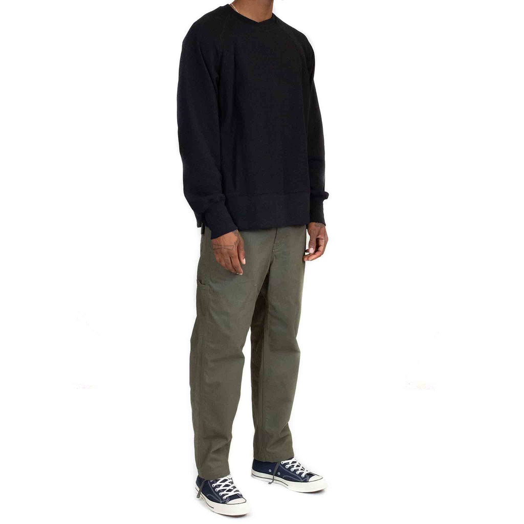 Engineered-Garments-Plain-Raglan-Crew-Black--Model-Side