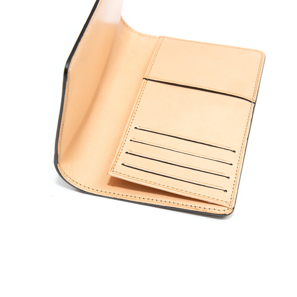Il Bussetto Passport Holder Bisquit