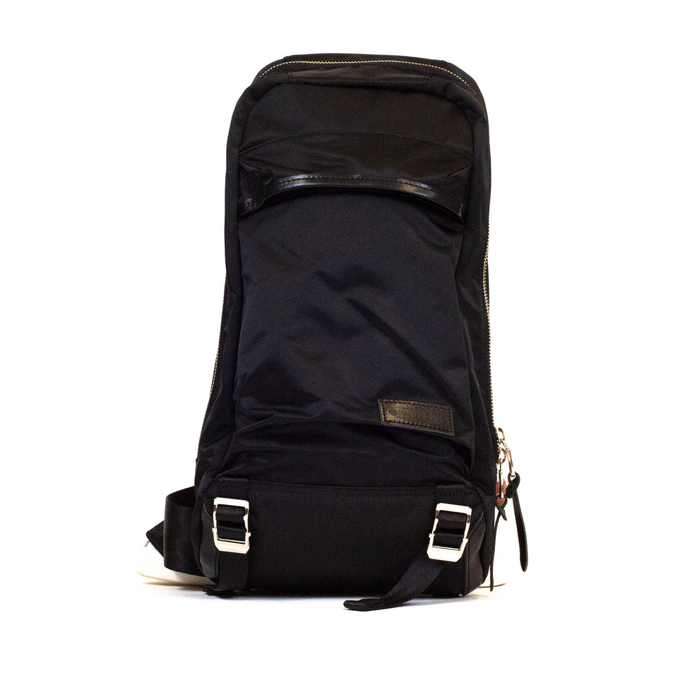 master-piece Lightning Shoulder Bag Black front