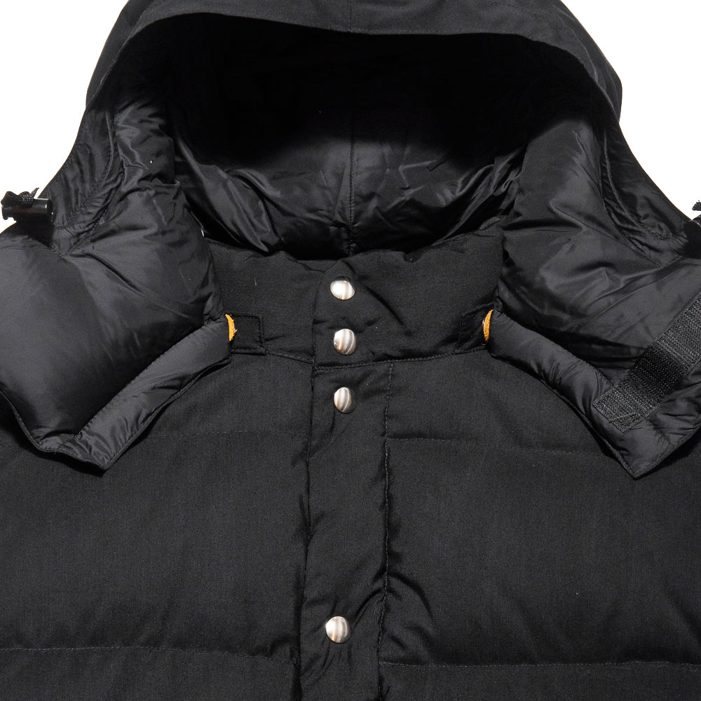 Crescent Down Works 60/40 Classico Parka Black/Black at shoplostfound, neck