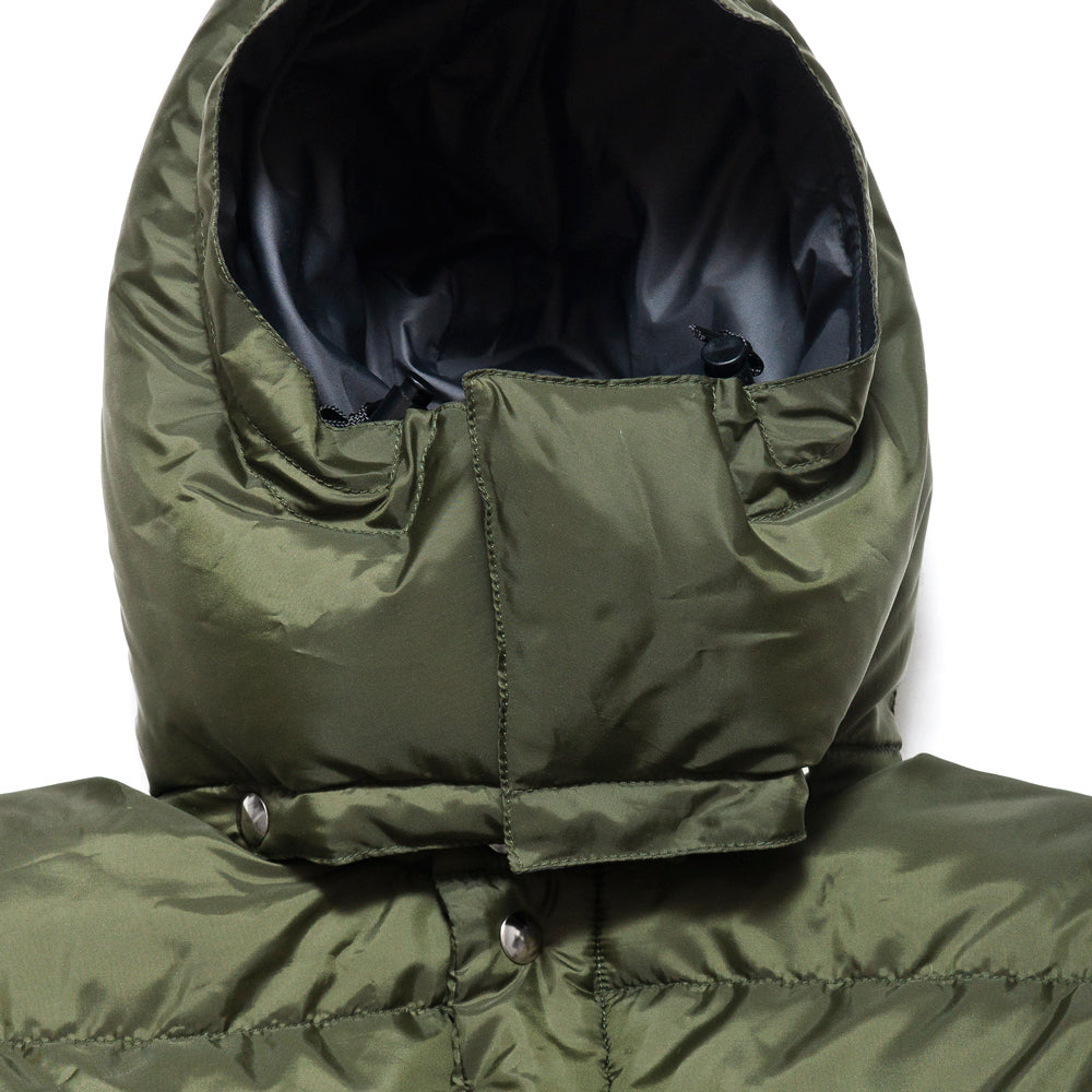 Crescent Down Works 60/40 Classico Parka Olive/Grey at shoplostfound, neck