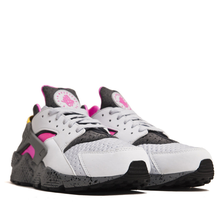 Nike Air Huarache SE Pure Platinum/Pink Blast 852628-002 at shoplostfound in Toronto, product shot