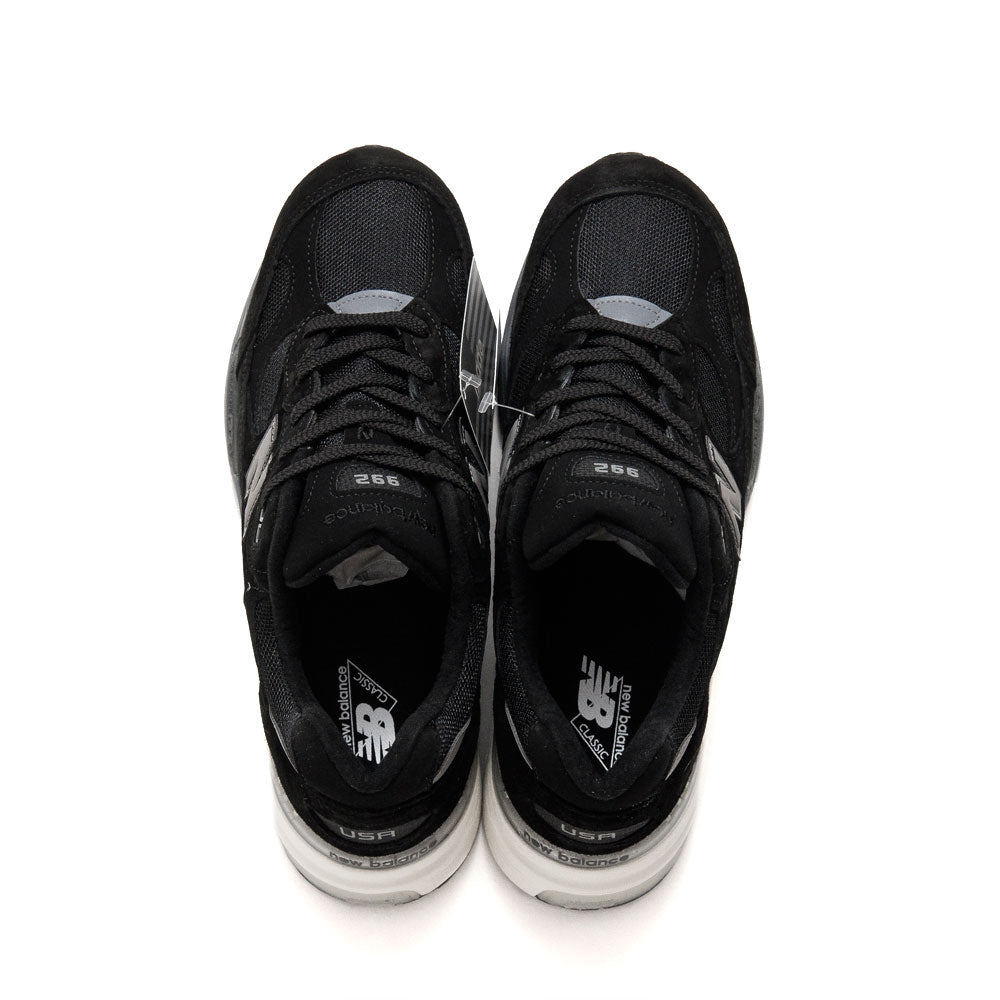 New Balance M992BL Black shoplostfound top