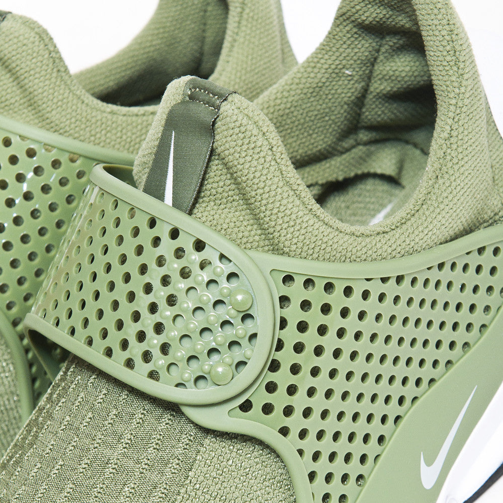 Nike Sock Dart Palm Green at shoplostfound, detail