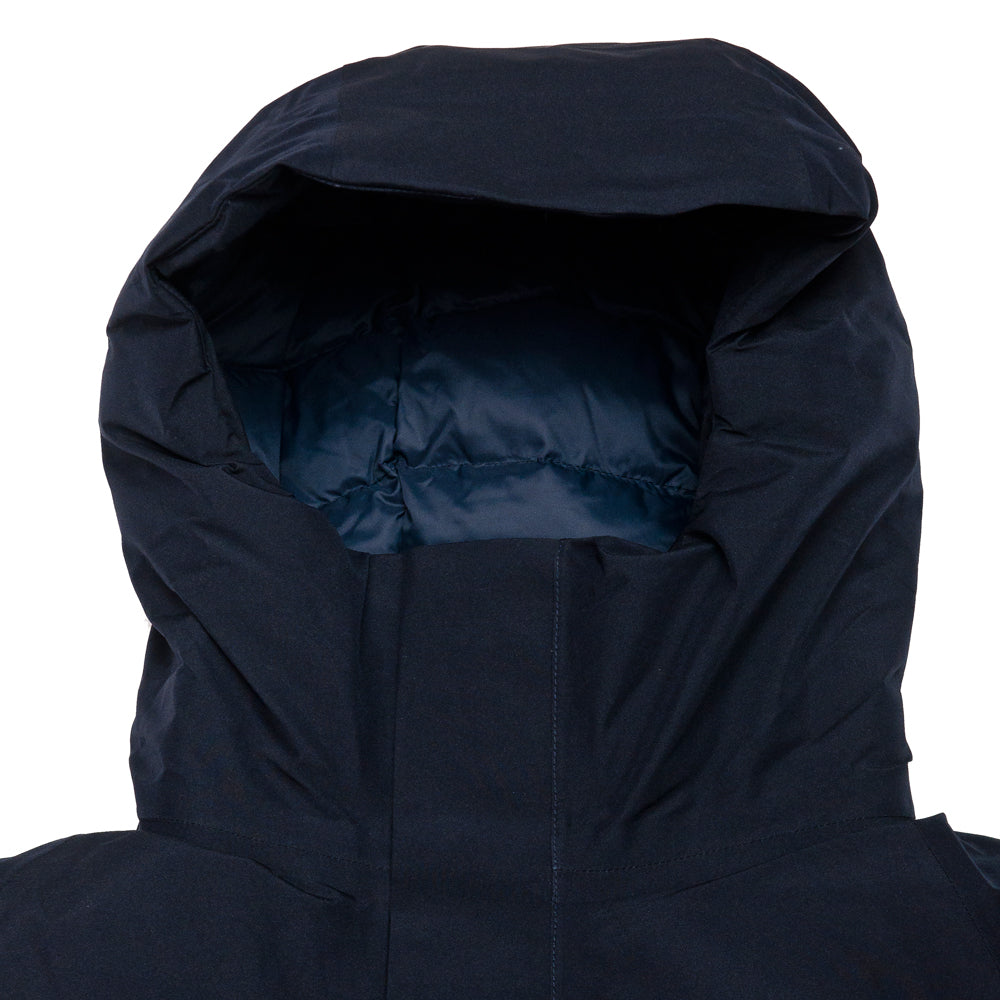 Norse Projects Rokkvi 5.0 Gore Tex Dark Navy at shoplostfound, neck