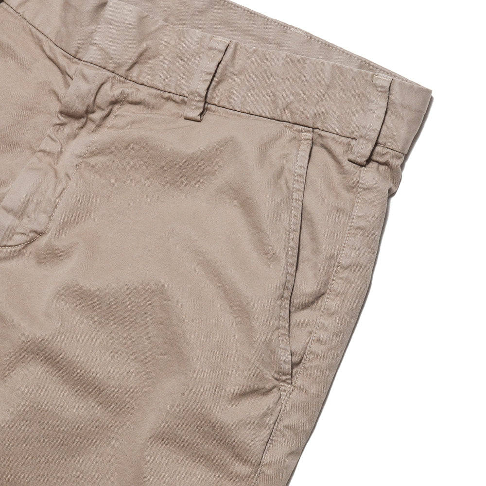 Save Khaki United Light Twill Bermuda Short Khaki at shoplostfound, pocket