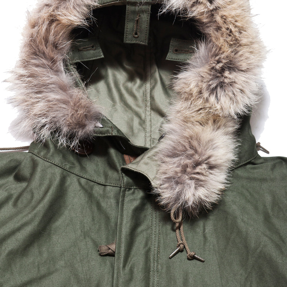 The Real McCoy's M-1948 Fishtail Mod Parka at shoplostfound, neck