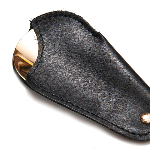 Utile4 Black Travel Shoehorn at shoplostfound, front