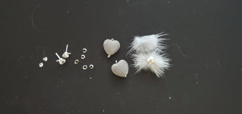 Grey Heart & Fluffy Earrings A1-1