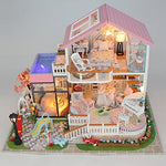 Hoomeda 13846 Sweet Words DIY House With Furniture Music Light Cover Car Miniature Model Gift Decor