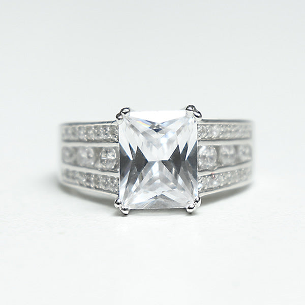 Sterling Silver Engagement Ring - 06AS21