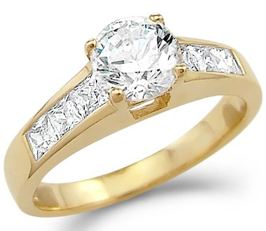 Yellow Gold Round Engagement Ring