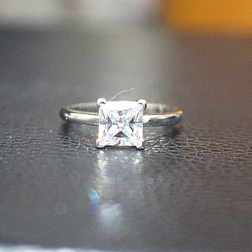 Solitare Sterling Silver Engagement Ring - 10AB42