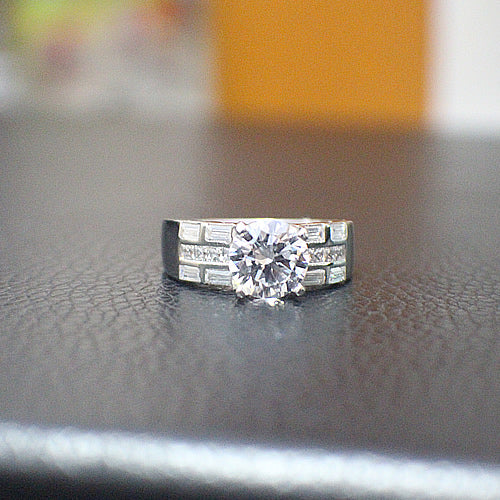 Sterling Silver Engagement Ring - 10AB75