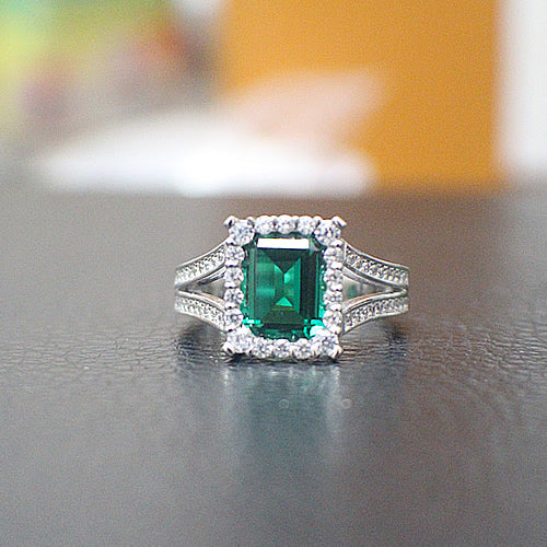 Emerald Engagement Ring - 10AB83