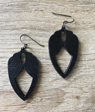 Shield Earrings-Black