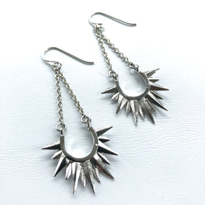 Solar Spike Chain Dangles