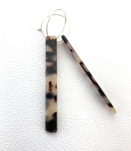 Tortoiseshell (vegan resin) minimalist style accessory, nz made.