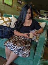 Load image into Gallery viewer, Leopard Midi Skirt