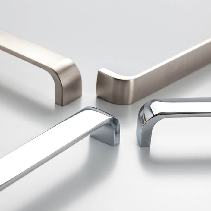 Staple 160mm Pull Handle (various finishes)