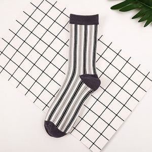 Love Your Socks Womens Vertical Stripe Cotton Ankle Socks Charcoal Grey Single Collection