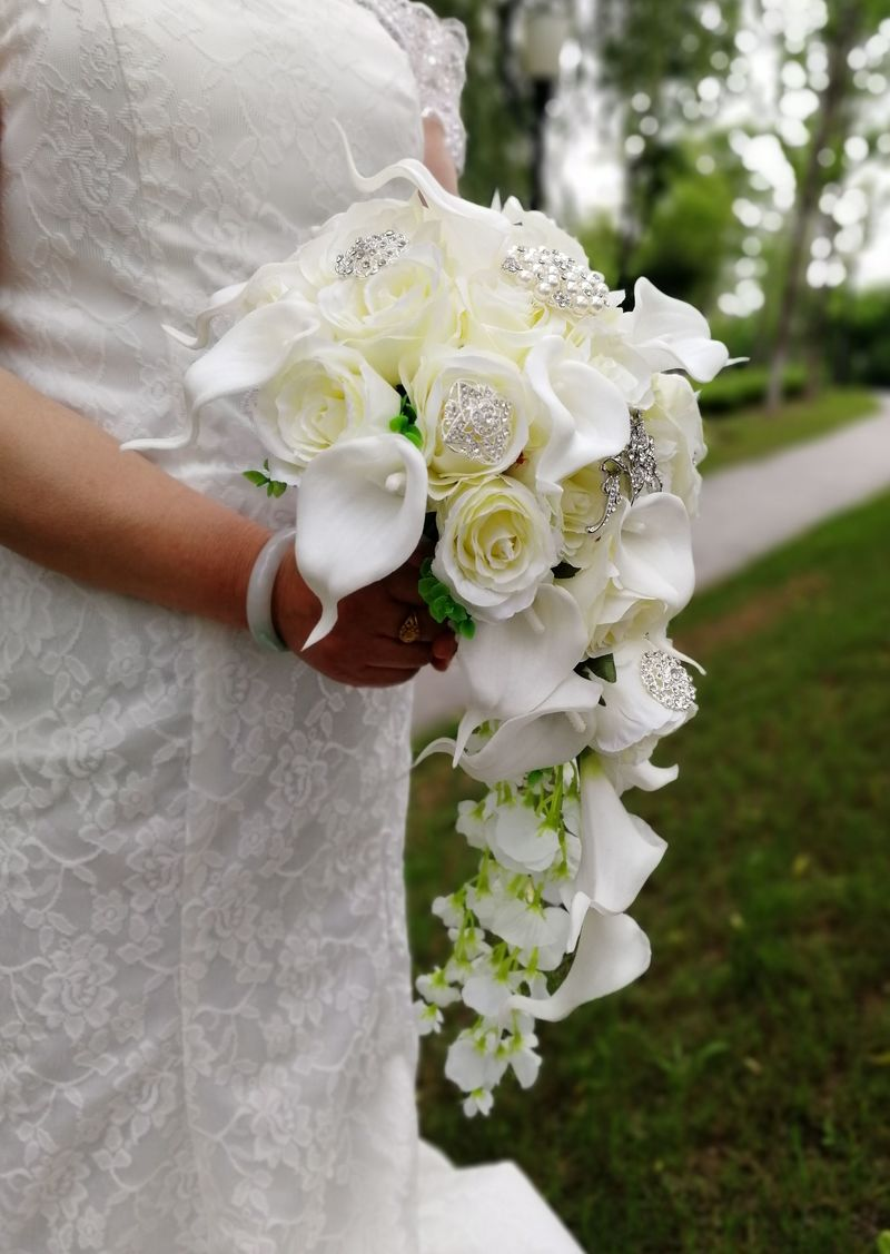 Waterfall Ivory Wedding Bouquet With Artificial Pearls And Crystals-weddingniknaks