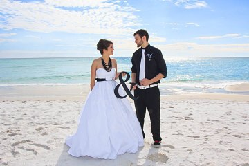 '&' Wedding Sign Table/Venue Decoration or as Photo Prop available in 4 coloursblack-weddingniknaks