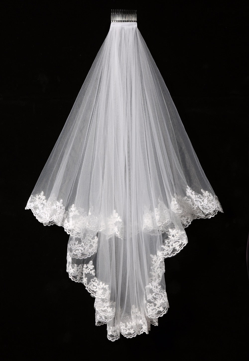Short 2 layer Veil with a beautiful Decorative Edging.Available in White or Ivory - weddingniknaks