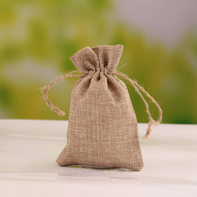 50 WHITE LINEN/NATURAL BURLAP DRAWSTRING VINTAGE FAVOR BAGS. AVAILABLE IN A VARIETY OF COLOURSStyle M-weddingniknaks
