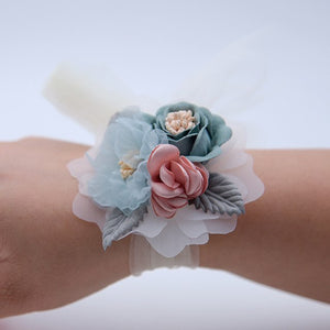 WRIST CORSAGE WITH FLOWER AND LEAF. AVAILABLE IN 4 COLOURS.Green-weddingniknaks