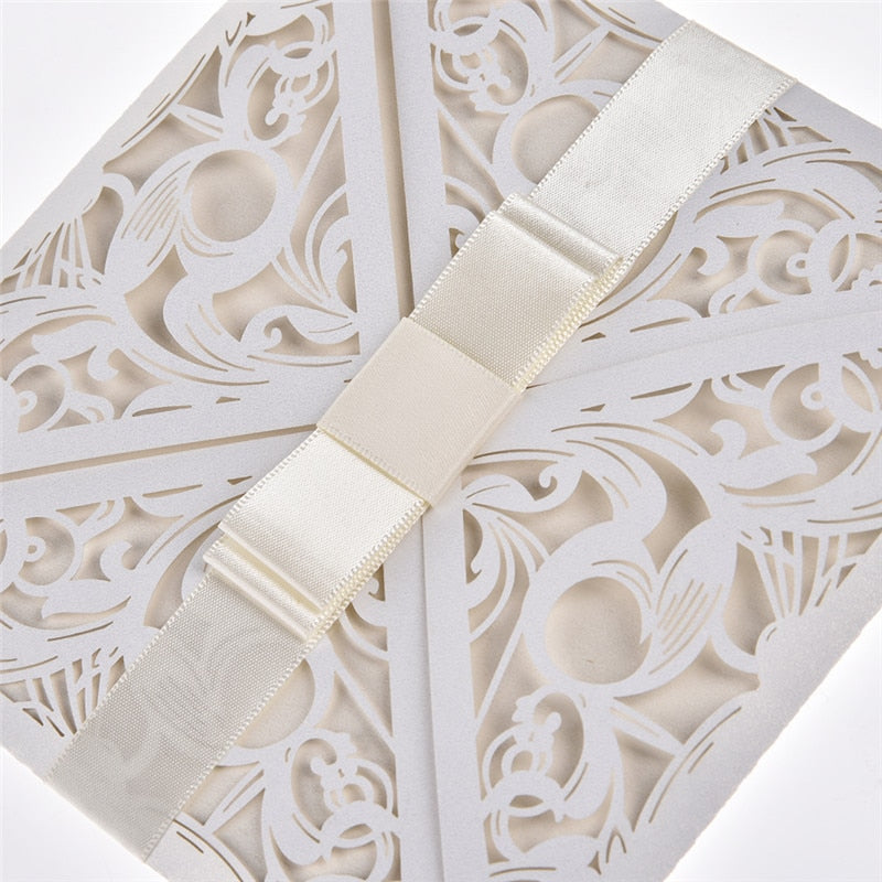10 Square White Invites With Bowknot, Available With Or Without Insert And Envelope. - weddingniknaks